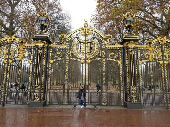 Gate to Green Park