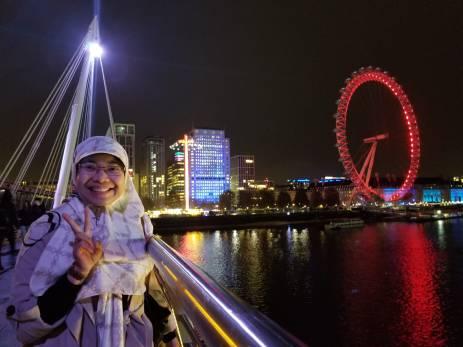 On Golden Jubilee Bridge